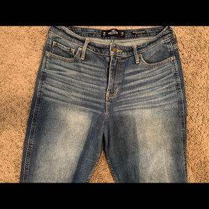 Hollister high rise jeans (waist:30, length:27)
